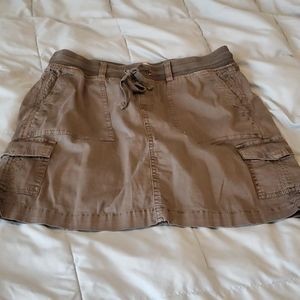 Gray skirt with short small